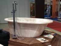 Ванны из литьевого мрамора: шикарный выбор для роскошной жизни
