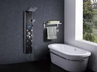Гидромассажная панель в ванной