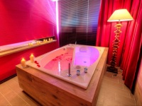 Романтика в воде – ванна для двоих Инь-Янь