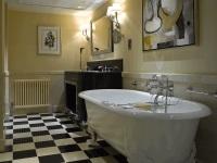 Ванная комната в стиле арт-деко