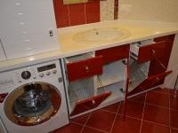 Тумба для ванной со встроенными корзинами для белья