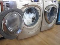 Что делать, если барабан стиральной машины болтается?