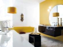Желтая с белым ванная комната