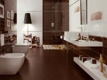 Кричнево-белая ванная