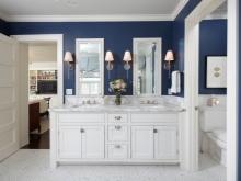 Сине-белая ванная