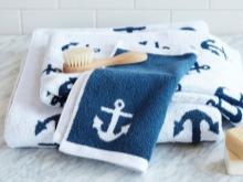 Текстиль в ванной в морском стиле