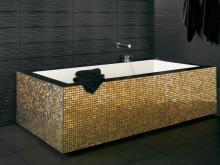 Ванна с золотой мозаикой