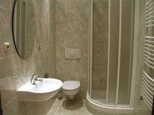 Ванная комната в светлых тонах