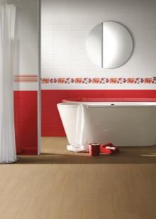 Красная с белым ванная