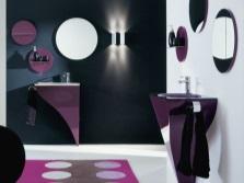 Фиолетовая ванная холодных оттенков