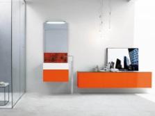 Оранжевая мебель в ванной