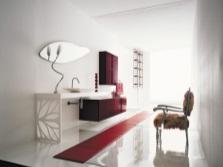 Бордовая мебель в ванной