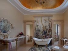 Панно в большой ванной комнате