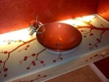 Раковина на декоративной подставке