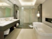 Зонирование ванной с душевой кабиной