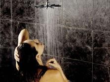 Как принимать душ