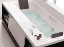 Вариант мест хранения под ванной