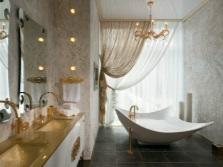 Красивая ванная в классическом стиле