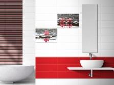 Бело-красно-черная плитка в ванной