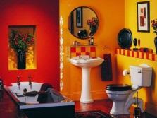 Сочетание красной плитки с желтым