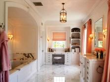 Гарнитур для ванной комнаты из массива дерева
