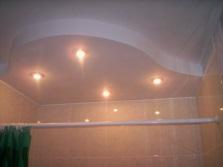 Монтаж светильников в многоуровневый потолок