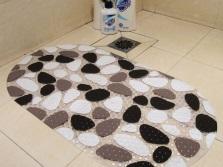 Уход за резиновыми ковриками в ванной комнате