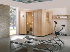 Деревянная кабинка для сауны