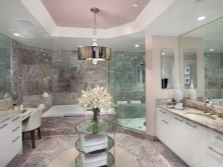 Мраморная розовая ванная
