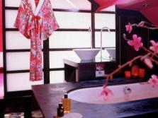 Ванная в японском стиле - яркие цвета