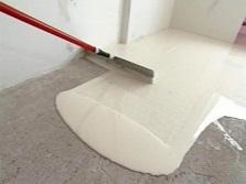 Наливная стяжка в ванной комнате