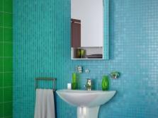 Шкаф с зеркалом для ванной комнаты