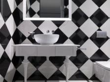 Плитка в шахматном порядке - белая и черная