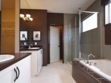 Коричневые акценты ванной комнате
