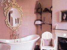 Красивая розовая ванная комната в стиле прованс