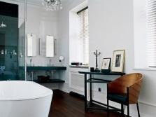 Комбинация двух цветов в ванной комнате