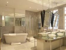 Ванная без туалета в классическом стиле