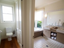 Раздельный санузел и ванная комната