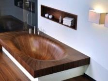 Вариант прямоугольной ванны в интерьере