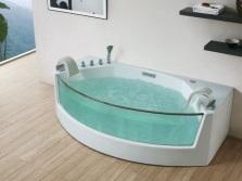 Овальная пристенная ванна