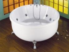 Круглая отдельностоящая ванна с гидромассажем
