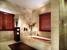 Красота мрамора в ванной комнате
