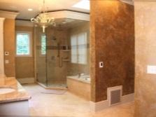 Стены в ванной отделанные штукатуркой