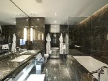 Черный мрамор для ванных комнат