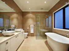 Точечное освещение для большой ванной