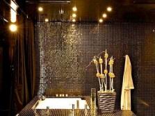Роскошная ванная облицованная мозаикой