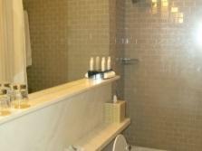 Зеркала для увеличения маленькой ванной