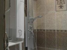 Гидромассажная панель для небольшой ванной комнаты