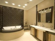 Освещение необычного интерьера ванной