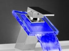Подсветка для смесителей в ванной